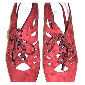 Woman wedge heel flats